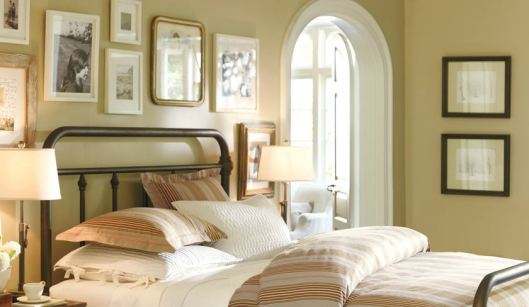 Benjamin Moore Powell Buff, via #RoomLust