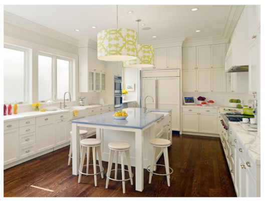 Benjamin Moore Swiss Coffee kitchen, via #RoomLust